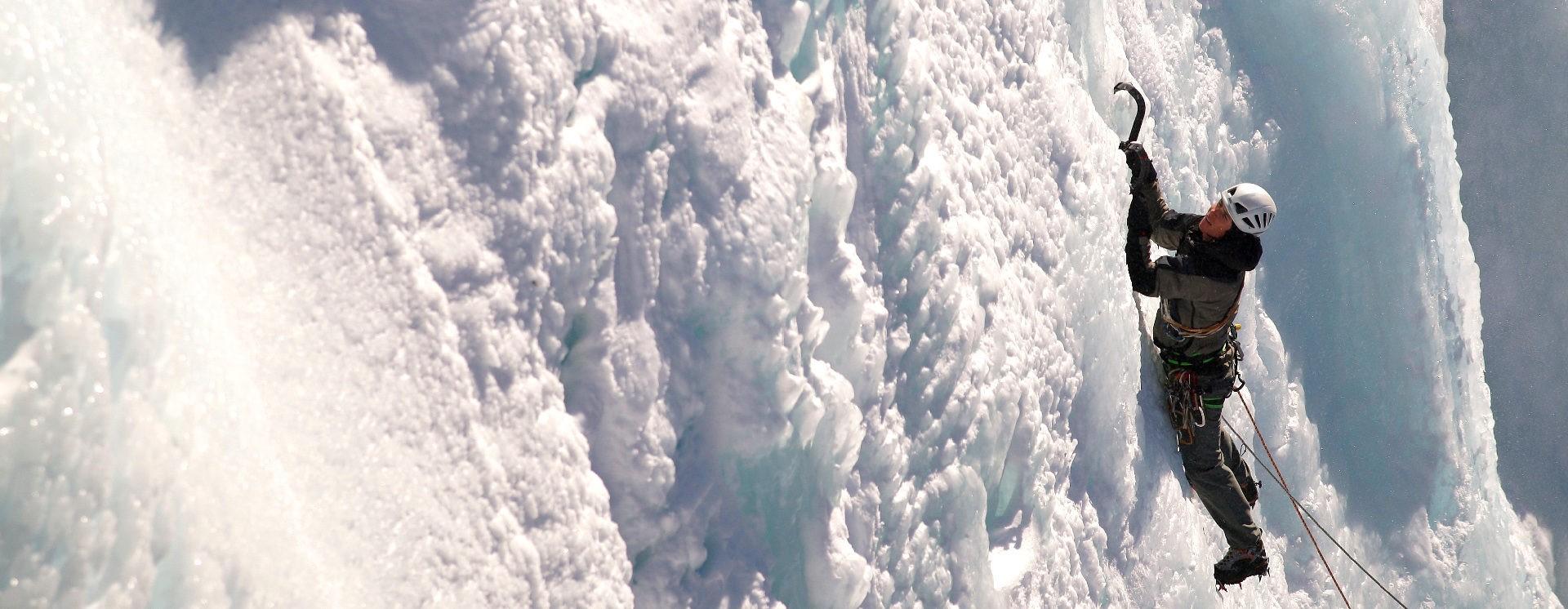 Initiation à la cascade de glace