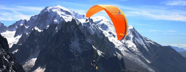 Winter paragliding
